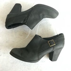 Clark Black Belted Ankle Boots Size 10M